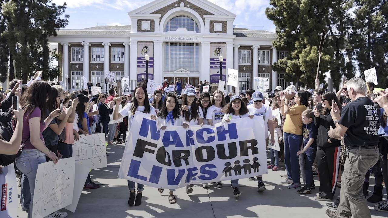 Photo of people at the March for Our Lives rally at Fresno High School