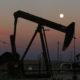 Photo of a California oil derrick