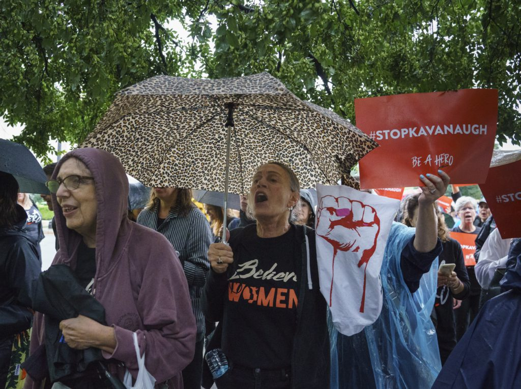 Photo of protesters outside the Kavanaugh hearing
