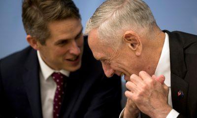 Photo of U.S. Secretary for Defence Jim Mattis and Britain's Defence Minister Gavin Williamson