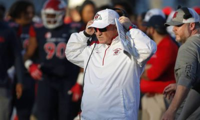 Photo of Fresno State head coach Jeff Tedford watching the game
