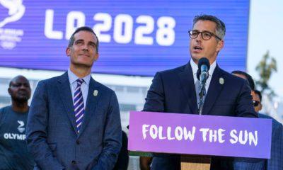 Photo of Los Angeles Mayor Eric Garcetti and Los Angeles Olympic Committee leader Casey Wasserman