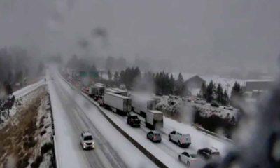 Photo of snow-clogged Interstate 80 near Truckee, CaliforniaRuc