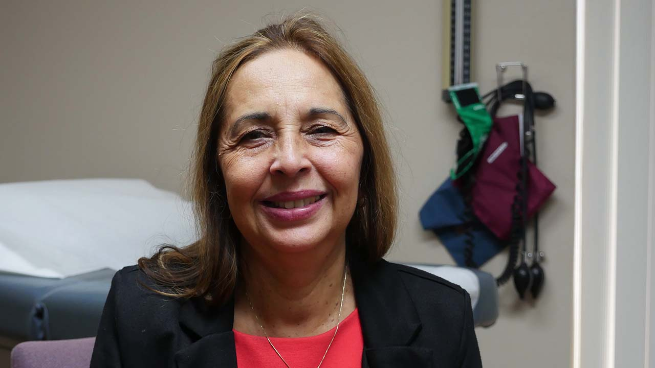 Photo of Dr. Katherine Flores