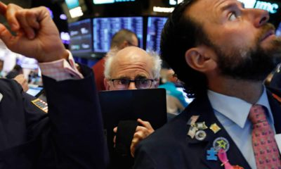 Photo of traders at the New York Stock Exchange