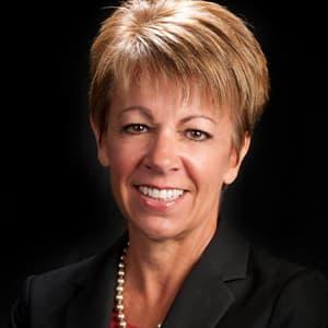 Portrait of Fresno EDC CEO Lee Ann Eager