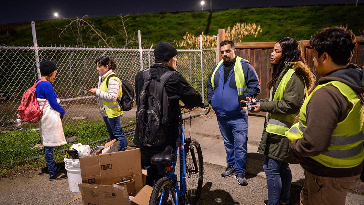 Photo of Homeless survey volunteers