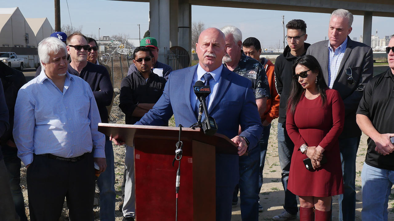 Photo of Mayoral candidate Jerry Dyer speaking