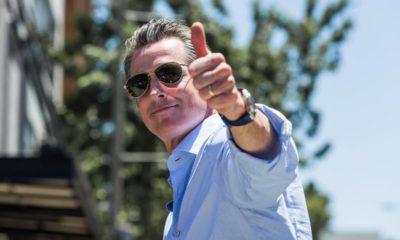 Photo of Gov. Gavin Newsom giving a thumbs up