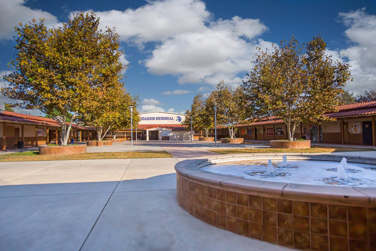 Image of fountain and walk entrance to San Joaquin Memorial High School