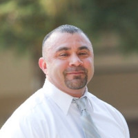 Portrait of Fresno City College Vice President Robert Pimentel